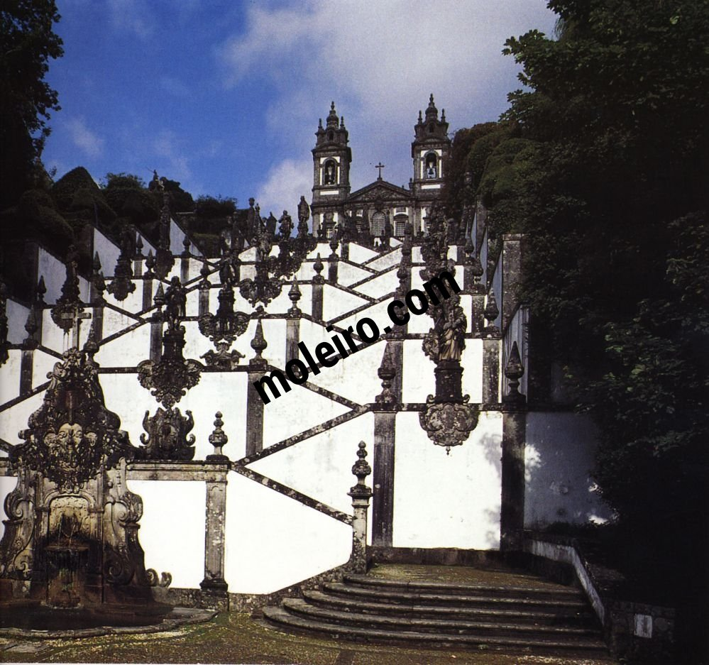 El Arte Barroco en España y Portugal As célebres escadas do Bom Jesus do Monte (1723-1837). Braga, Portugal.