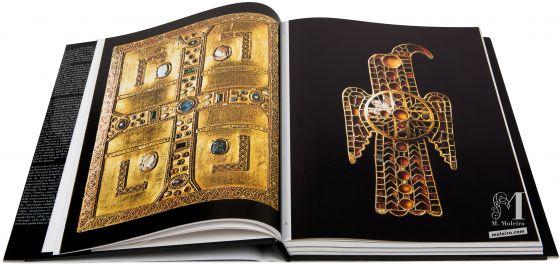 El Arte en la Edad Media Nuremberg, Germanisches Nationalmuseum, fibbia a forma di aquila, seconda metá del secolo V-VI