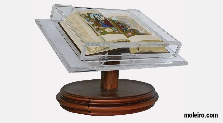 Display bookrest for medium-sized manuscripts