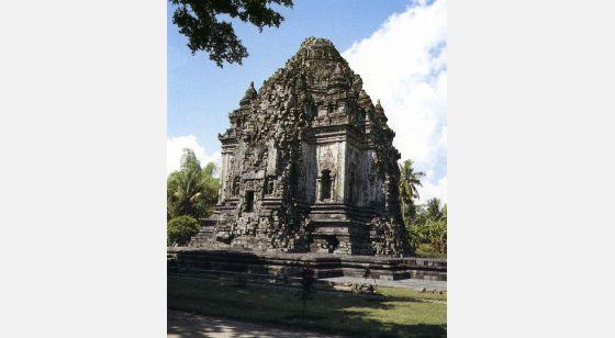 Borobudur Chandi Kalasan, en Prambanan. Gran santuario budista. Siglos VIII-IX.