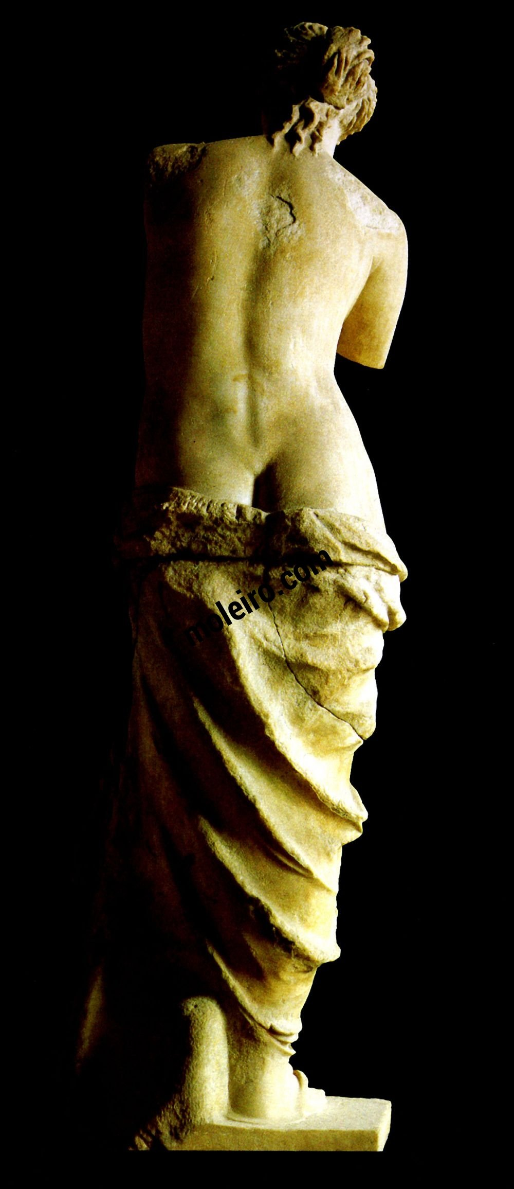 Mujeres. Mitologías Aphrodite appelée Vénus de Milio, art hellénistique, vers 100 avant notre ère.