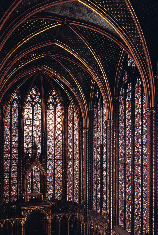 Talleres de Arquitectura en la Edad Media Paris. Sainte-Chapelle, indoor view.