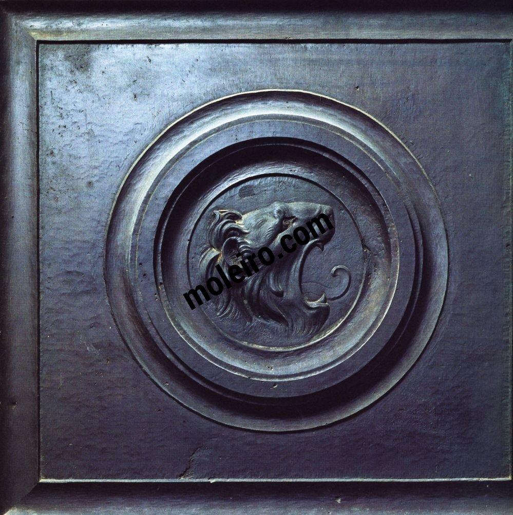Talleres del Renacimiento Lorenzo Ghiberti,Testa di leone, rilievo in bronzo. Firenze, Battistero, porta nord.